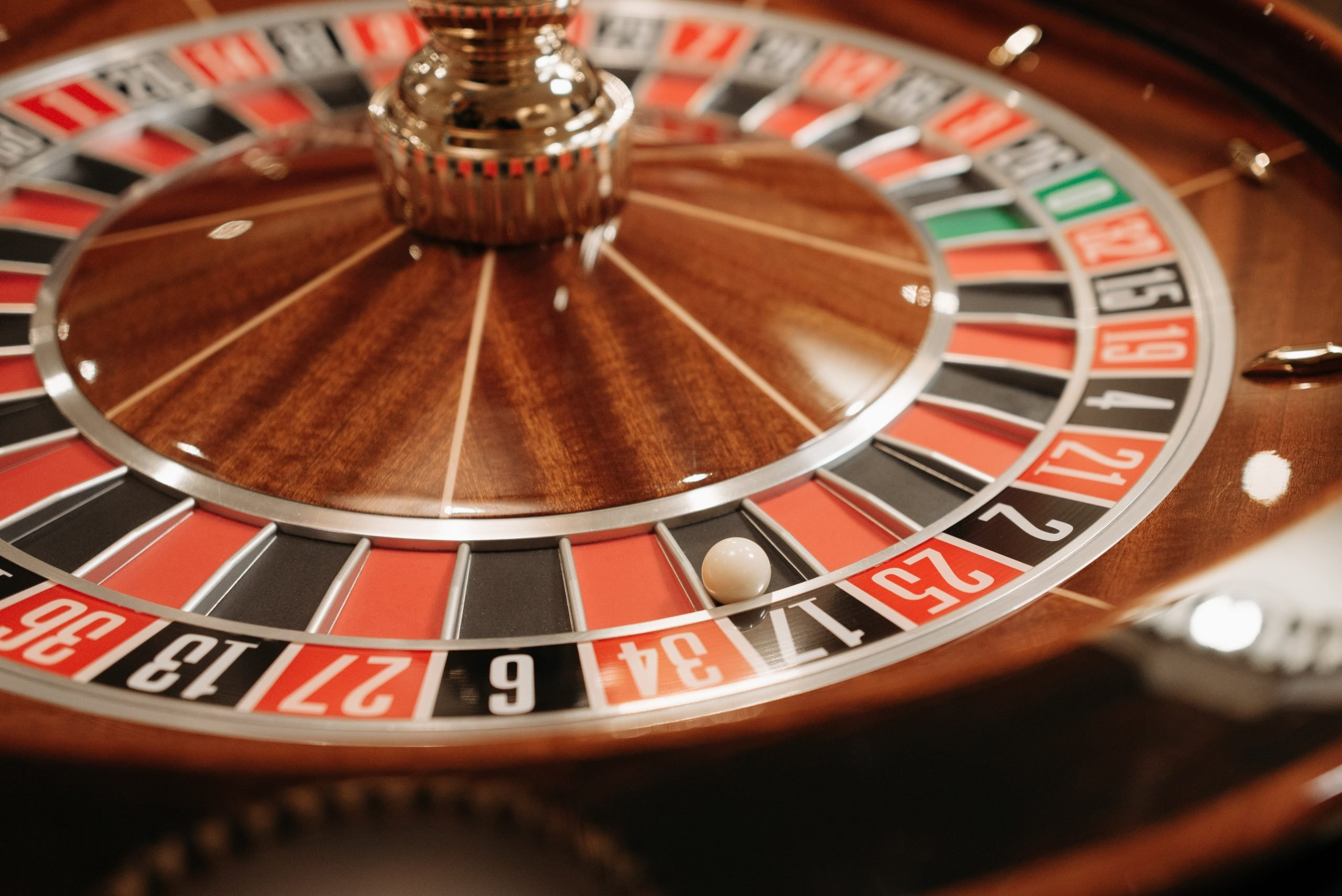 Cheating Casinos for Millions: Casino Table Game Protection- Richard Marcus Interview [VIDEO]